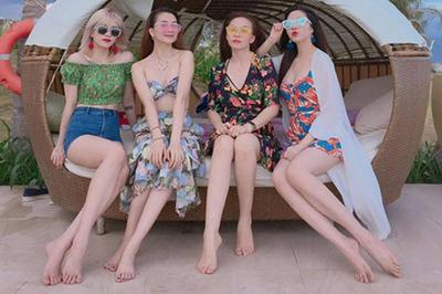 """4 chị em nhà """"bạn gái Sơn Tùng"""" khoe sắc vóc """"đánh bật"""" 3 chị em Nhã Phương"""