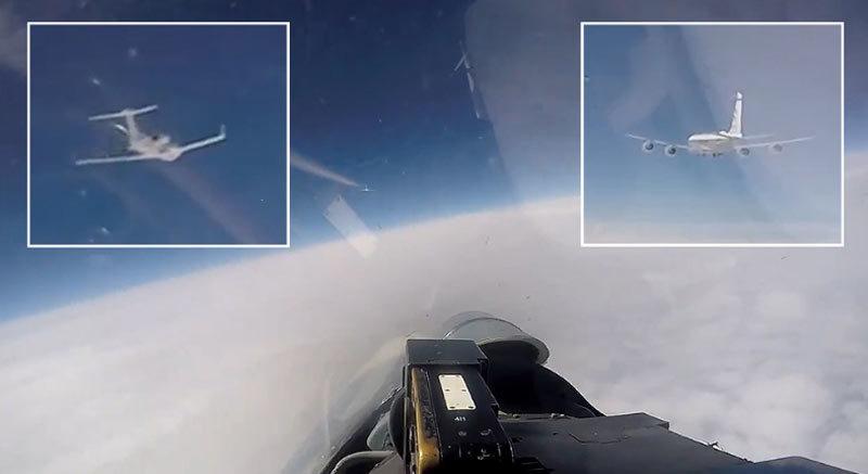 Nga tung video Su-27 'áp tải' máy bay do thám Mỹ