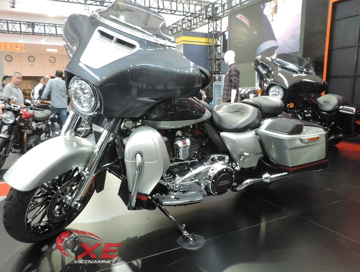 Vietnam AutoExpo 2019,triển lãm xe,mô tô khủng,Harley-Davidson,Triumph,Royal Enfield