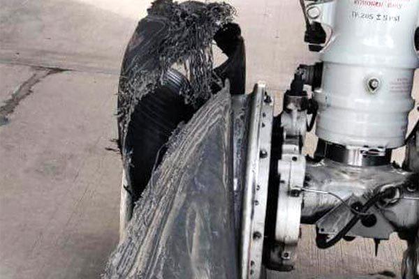 Ấn Độ,sự cố hàng không,nổ lốp,máy bay chở khách