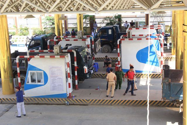 Hoa Binh BOT toll station seeks government help following protests