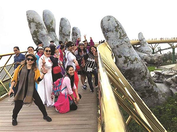 Thai tourists flock to Vietnam, especially Da Nang