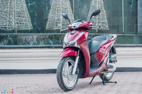 Đồng loạt giảm giá trong tháng 6, xe máy bán dưới giá niêm yết
