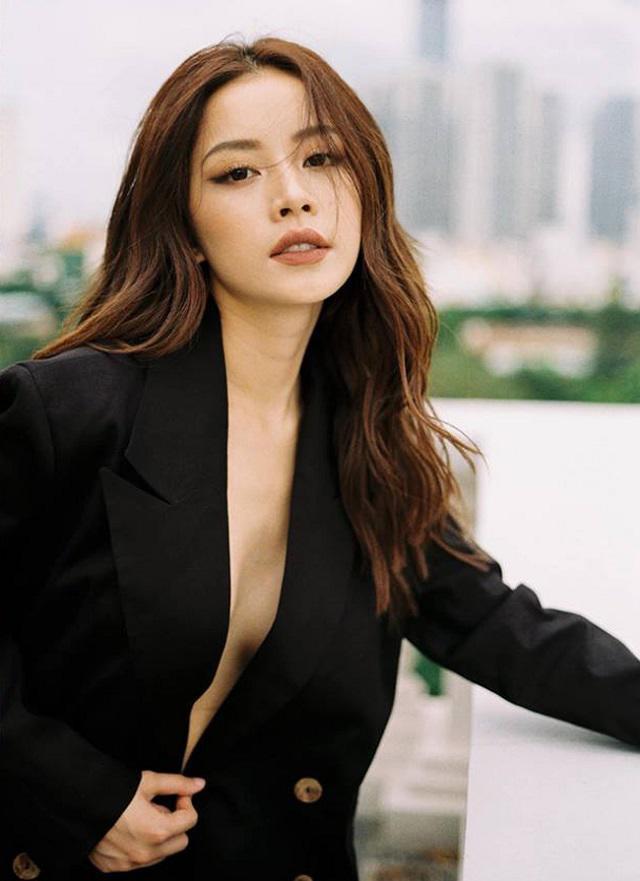 Sao Việt chuộng diện vest không nội y khéo khoe vòng 1 lấp ló