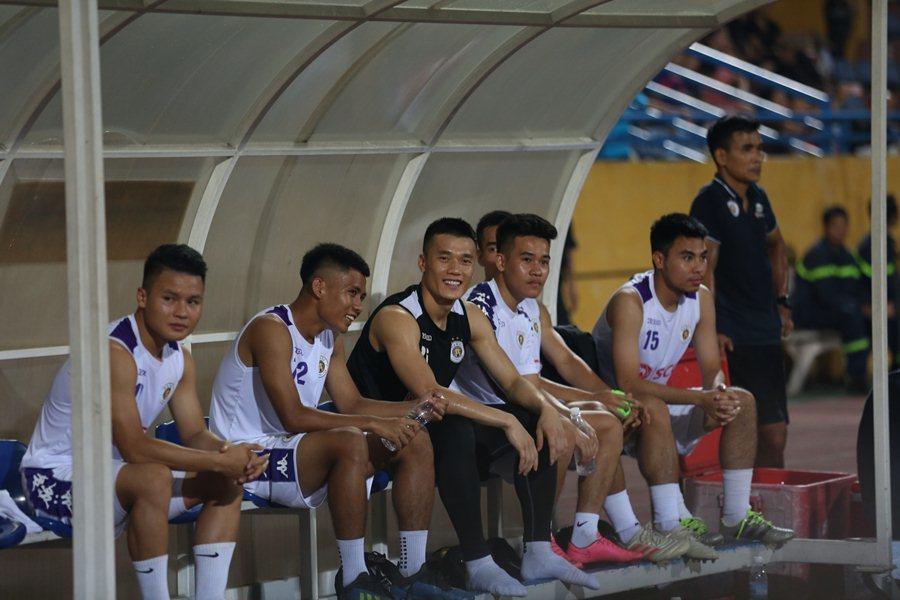 HLV Hà Nội lý giải việc để Quang Hải ngồi ngoài trận gặp Sài Gòn