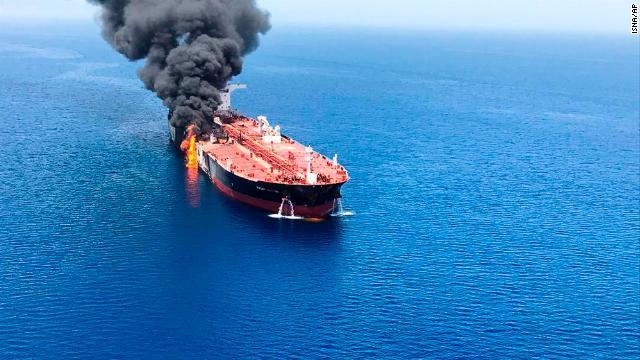 Mỹ thu được dấu tay lính Iran trên tàu dầu bị tấn công