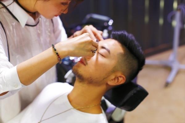 Xu hướng làm đẹp mới của cánh mày râu Hàn Quốc