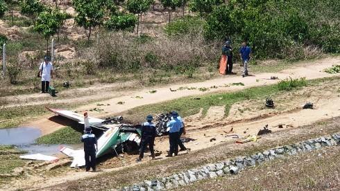 Danh tính 2 phi công hi sinh trong vụ máy bay quân sự rơi ở Khánh Hòa