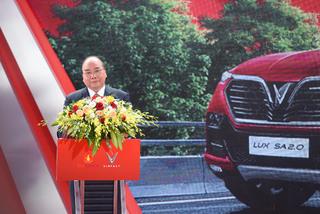 Thủ tướng Nguyễn Xuân Phúc: 'VinFast có sự ủng hộ và tiếp sức của người Việt Nam'