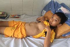 Trao gần 56 triệu đồng cho bé Nguyễn Thanh Tân