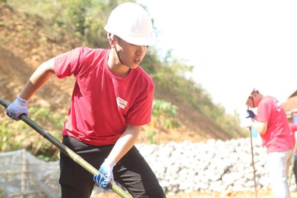 Prudential xây nhà an toàn cho cộng đồng vùng bão