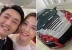 Đàm Thu Trang lái siêu xe 13 tỷ chở Cường Đô La đi Hạ Long