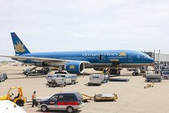 Vietnam's aviation logistics still at starting point but gathering momentum