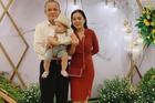 Điều khó tin sau đám cưới chồng hơn vợ gần 30 tuổi