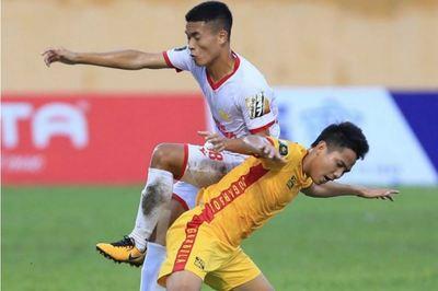 Nam Định thắng kịch tính Đà Nẵng phút bù giờ