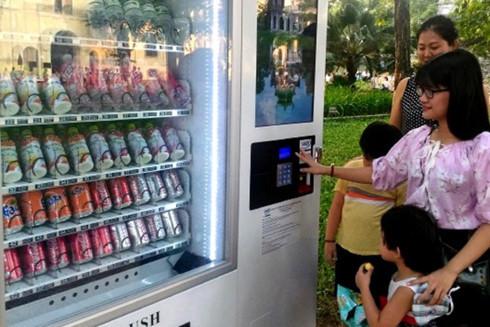 vending machines,Hoan Kiem Lake,social news,english news,Vietnam news,vietnamnet news,Vietnam latest news,Vietnam breaking news