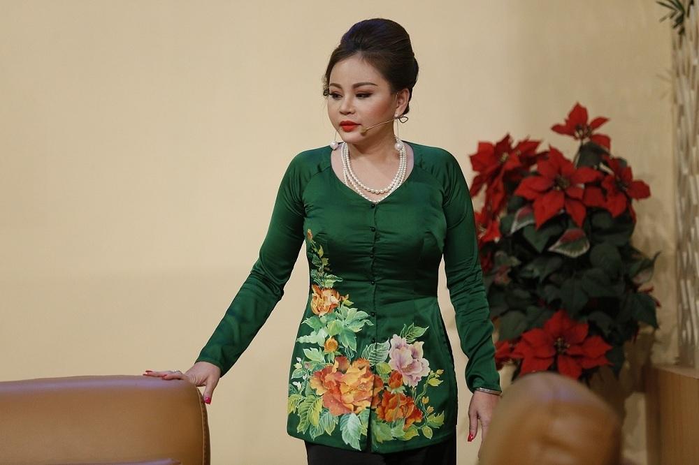 U50, Lê Giang khiến con trai sợ không nhận ra mẹ vì dao kéo vô số lần