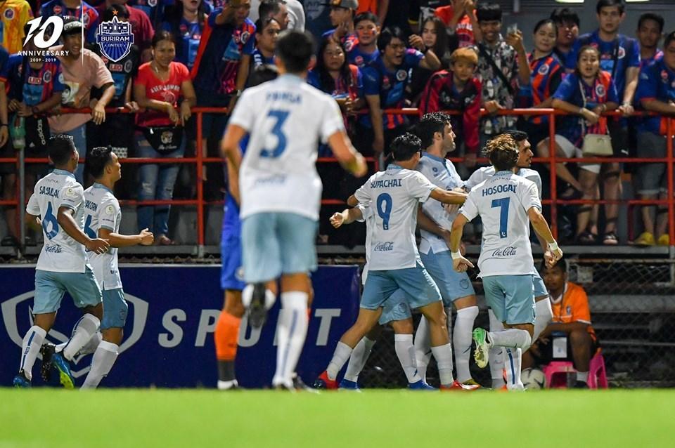 Buriram United,Thai League,Xuân Trường,Lương Xuân Trường