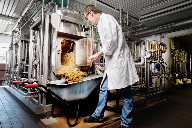 Khám phá sự phát triển của ngành công nghiệp bia thế giới
