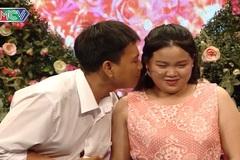 MC Quyền Linh thấy tội nghiệp cho chàng trai hôn trộm bạn gái qua ảnh