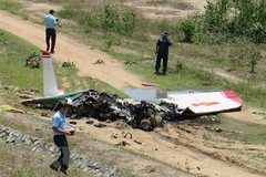 Defense ministry investigates fatal military plane crash in Khanh Hoa