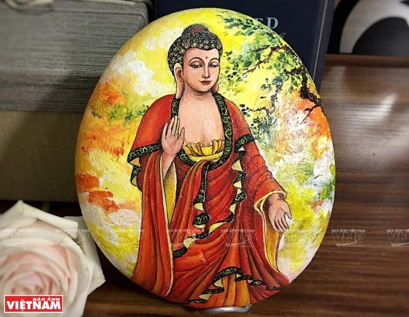 vietnam rock paintings,nguyen trung kien,Vietnam entertainment news,Vietnam culture,Vietnam tradition,vietnam news
