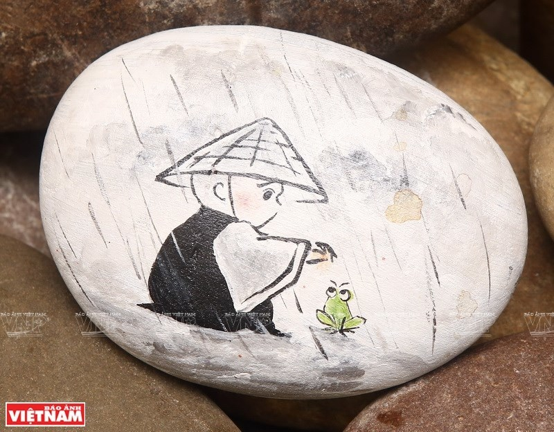 Millennial with passion for rock painting