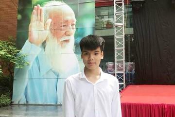 Con trai nữ lao công bị tai nạn đỗ vào lớp 10 trường Lương Thế Vinh