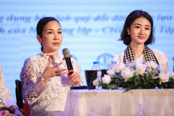 Hoa hậu Thu Ngân: 'Tri thức từ sách quý sẽ thay đổi tương lai'