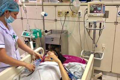 4 nạn nhân nặng vụ xe tải đấu đầu xe khách được chuyển về Hà Nội
