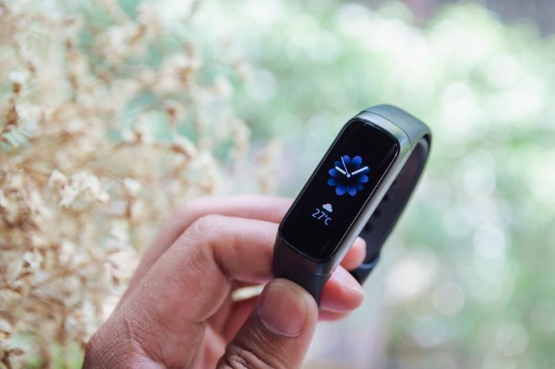 Galaxy Fit/Fit e: Chuyên gia thể lực cho người tập thể thao