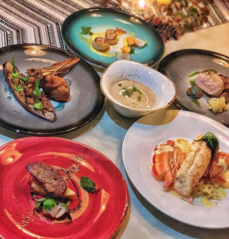 Tranh cãi hóa đơn ăn tối của một gia đình hết 30 triệu là 'khoe của, hoang phí'