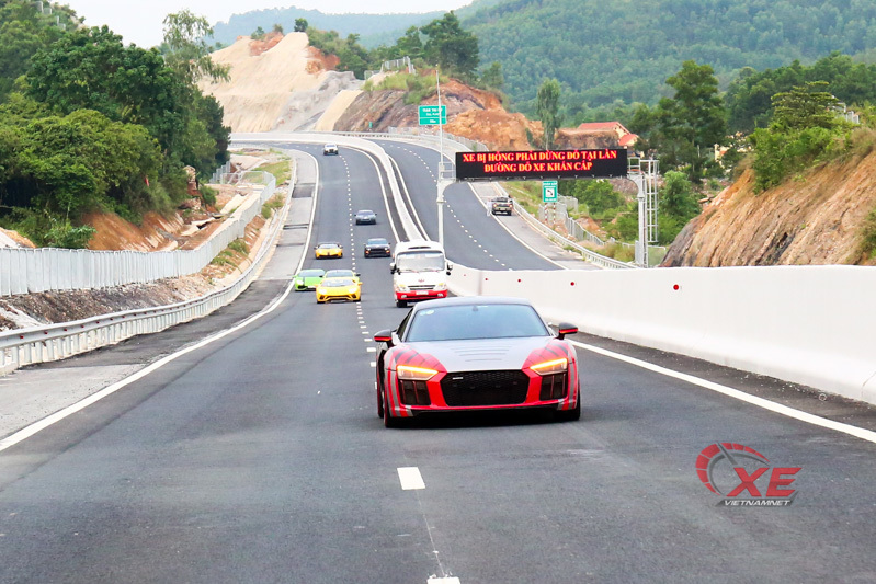 Yêu Cường Đô- la, Đàm Thu Trang càng đam mê siêu xe và tốc độ