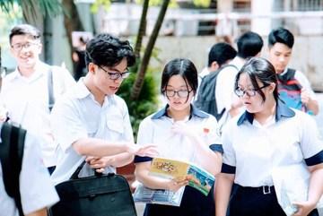 Đáp án tham khảo môn Tiếng Anh mã đề 411