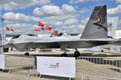 Mỹ áp trừng phạt, Thổ Nhĩ Kỳ ra mắt chiến cơ mới đáp trả