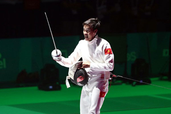 Vietnamese fencer wins Asian championship bronze