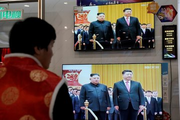 'Hành trang' ông Tập mang theo khi gặp Kim Jong Un