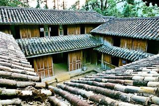 H'Mong family calls for better preservation of historical palace