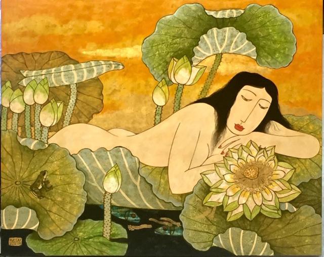 Những cô gái khoả thân bên sen đẹp mê hồn