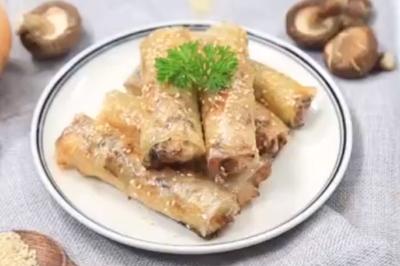 Tối nay ăn gì: Thử làm nem nướng thịt gà, cả nhà cùng yêu