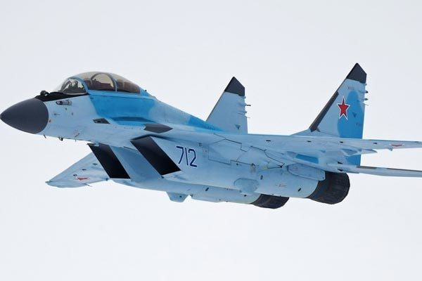 Cận cảnh bộ đôi tiêm kích MiG-35 tối tân của Không quân Nga
