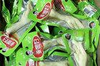 Đồ ăn vặt Trung Quốc nhập lậu dưới mác xách tay