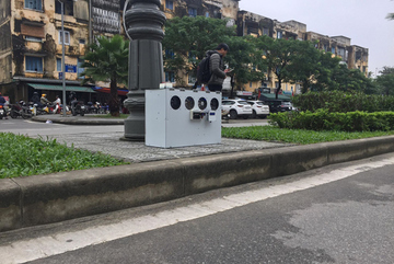 Street air filter created by student prevents fine dust pollution