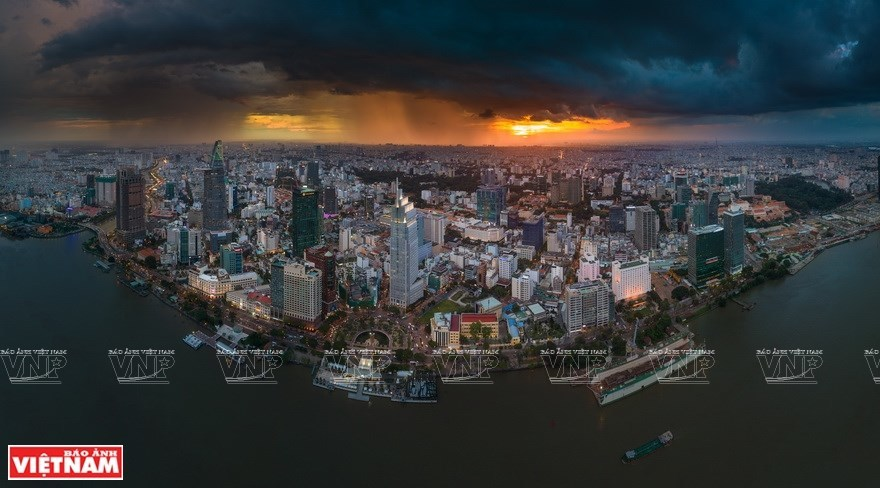 Vietnam's landscapes via Trung Pham's photos