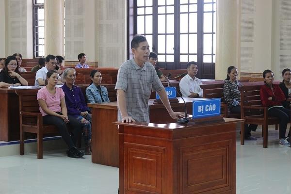 Bố vợ sang nhà con rể nói chuyện bằng dao ở Quảng Bình, 1 người chết
