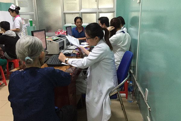 Electronic medical records to be adopted throughout Vietnam next month