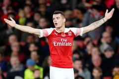 Arsenal nguy cơ mất tiền vệ hay nhất CLB
