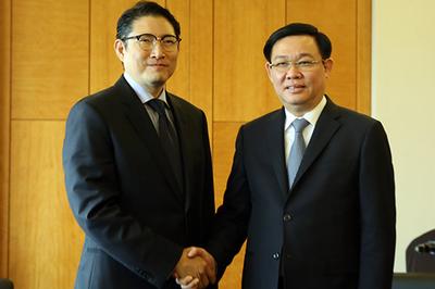 Phó Thủ tướng mong các tập đoàn Hàn Quốc chọn Việt Nam làm 'cứ điểm'