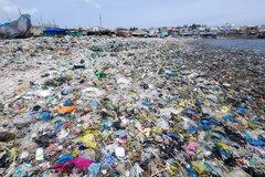 Rác thải nhựa đang dần phủ kín trái đất
