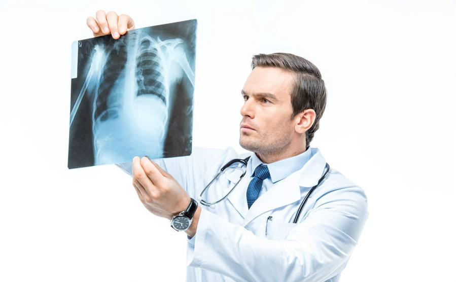 Người hút thuốc lá lâu năm cần biết điều này để tránh ung thư phổi